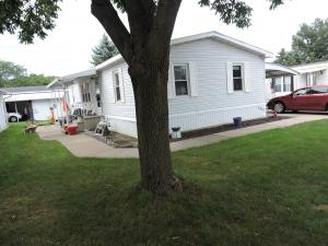 Black Lake Bluffs Mobile Homes