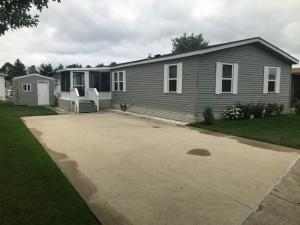 Evergreen Beach Mobile Homes