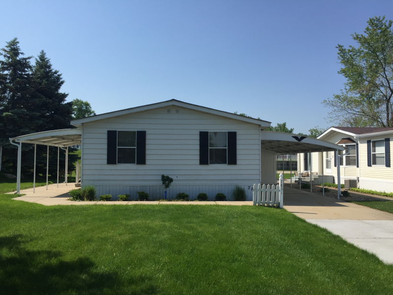 27 beautiful mobile homes grand rapids kelsey bass ranch for Home builders michigan